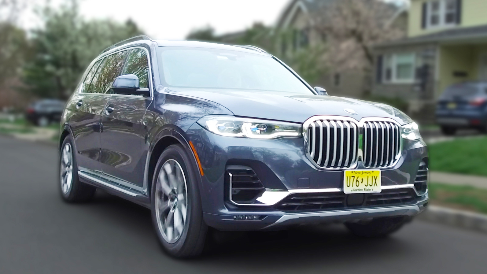 Real Reviews   Are The BMW X7 Tech Features Helpful Or Gimmicky?
